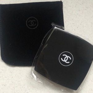 NWT Chanel Makeup Mirror Duo Compact